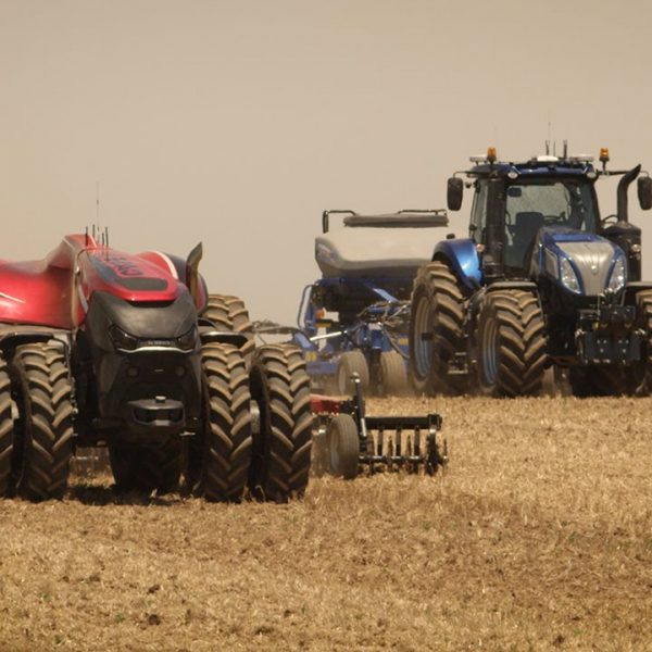 Case and New Holland Autonomous Tractor Concept
